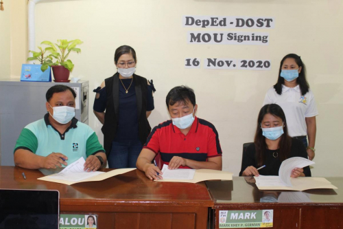 2020-11-16 DepEd - DOST MOU Signing, Digital Library to roll out in 43 barangays in Batac City, Ilocos Norte