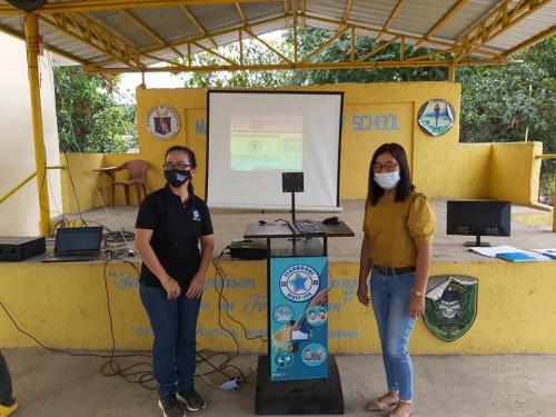2021-01-15 Hands-on in Manipulating the STARBOOKS at Mawacat Elementary School, Floridablanca, Pampanga