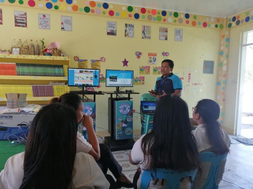 DOST Aurora Orientation on the Use of STARBOOKs to teachers of Diniog NHS, Dilasag, Aurora, 05 March 2020